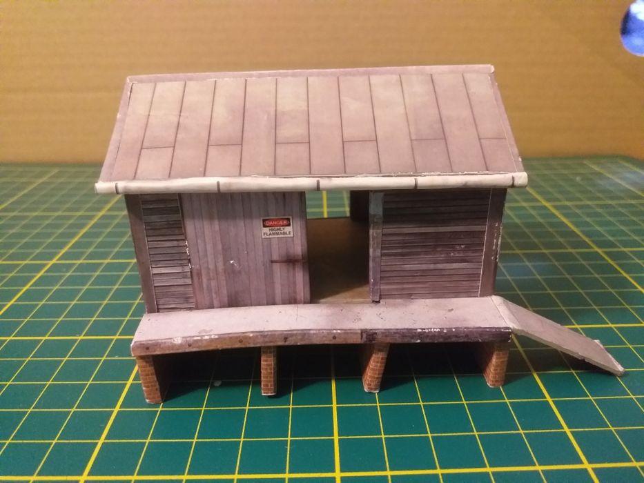 Dom domek magazyn kolejowy skala tt 1:120 detale piko + gratis Zabrze - image 1