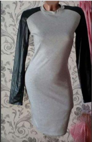 Стильное платье М р-р