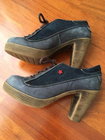 Sapatos cubanas azul