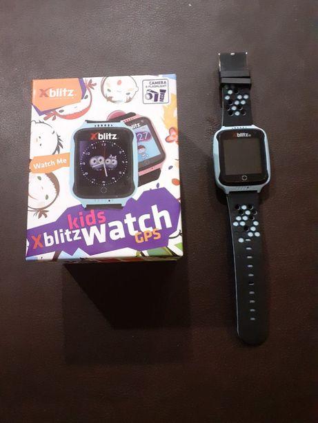 Smartwatch -Zegarek dziecięcy Xblitz GPS-Watch Me Niebieski