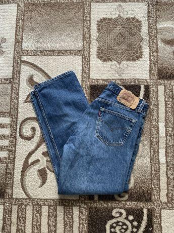 джинсы Levis 501, в отличном состоянии