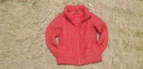 Демисезонная куртка на девочку 5-6лет