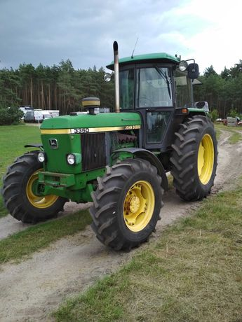 Ciągnik John Deere 3350