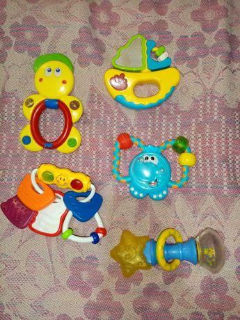 Продам игрушки погремушки, брязкальця