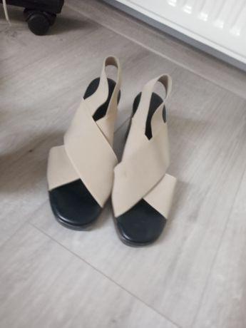 Туфлі жіночі дуже зручні