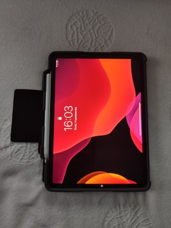 Ipad Pro 11 64GB LTE + Apple Pencil 2 + Dwa etui