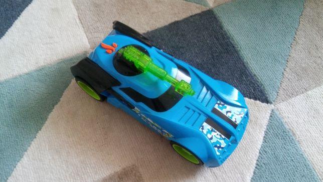 Samochód Hot Wheels master blaster