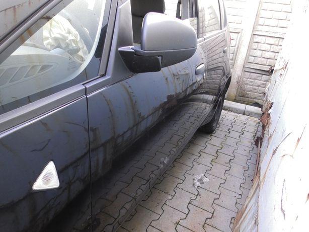Drzwi przód lewe Mitsubishi Colt