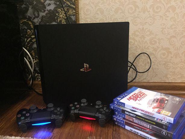 Продам Sony PlayStation 4Pro 1 Tb+ 2 DualShock 4 +2 гри на вибір.