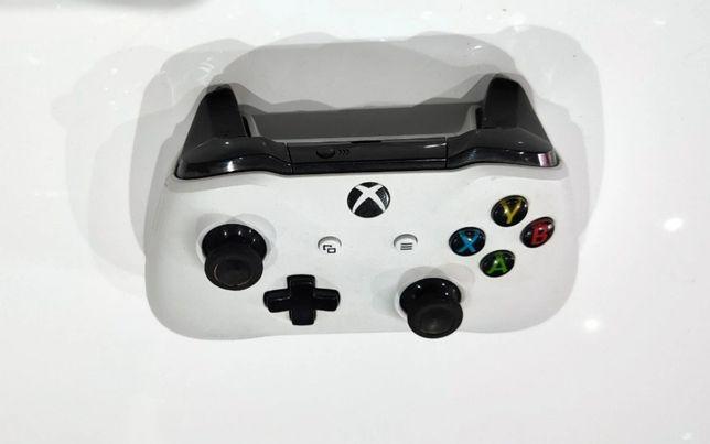 Pad Kontroler Xbox One 1708 biały