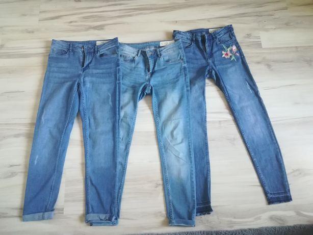 Spodnie młodzieżowe.
