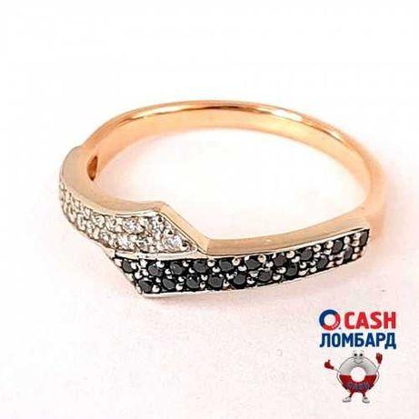 Золотое кольцо с черными и белыми бриллиантами
