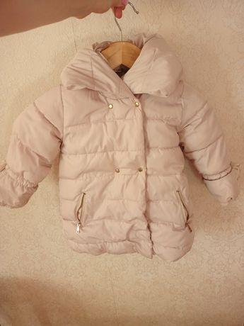 Продам куртку Zara зимнюю