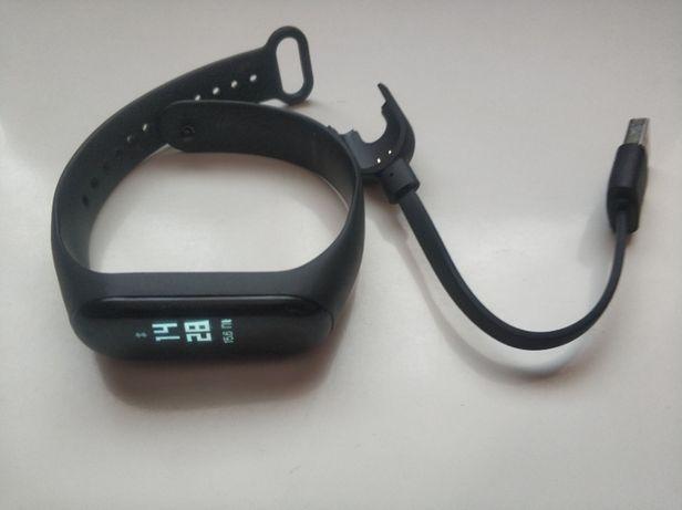 Фитнес-браслет Xiaomi Mi Band 3 Black. Оригинал! Отличное состояние!