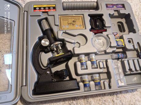 Mikroskop edukacyjnymłodzieżowy zoom power skop delux z próbkami