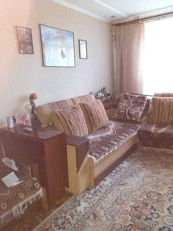 """Продам гостинку,1эт.р-н""""Жилмассив"""",,с частичной мебелью"""