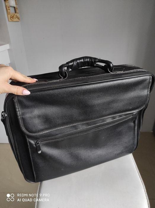 "Torba na laptopa czarna ekoskóra bardzo duża 21"" Luzino - image 1"