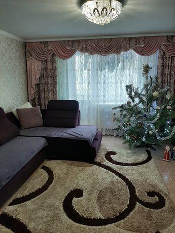 Срочно продам 3 комнатную квартиру в центре города от хозяина