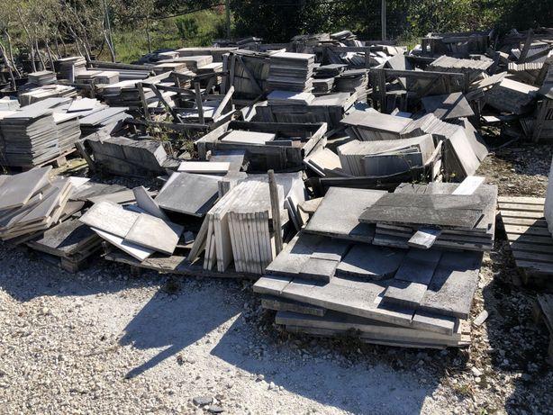 Pedras serradas Rústicas restos