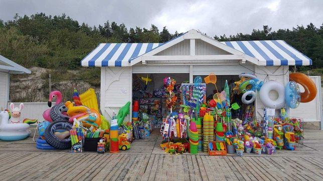 Stoisko handlowe sprzedaż na plaży punkt handlowy Krynica Morska