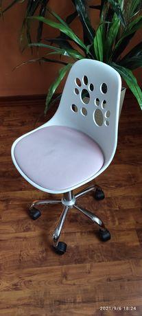 Krzesło obrotowe dla dziewczynki