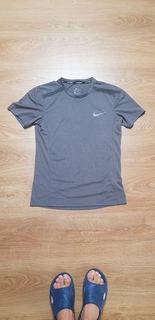 Koszulka T-shirt Nike Dry-Fit rozmiar S/SM