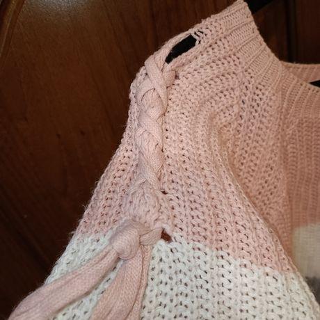 Вязаный свитер, укороченный