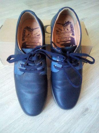 Туфли.40-го размера