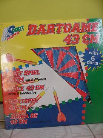 Tablica i rzutki do gry w Darta