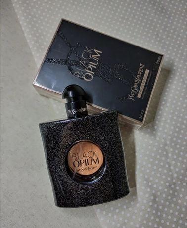 Yves Saint Laurent Black Opium.