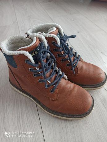 Buty zimowe r 34