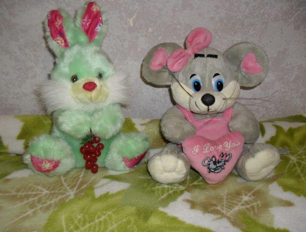 НОВАЯ мягкая игрушка зайка с виноградом мышка с сердечком