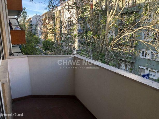 Apartamento T1 Situado na Rua José Estevão Nº 31, Lisboa, Arroios