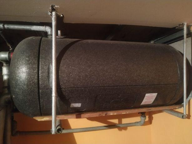Zbiornik na wodę ciepłą 150 l do podkowy