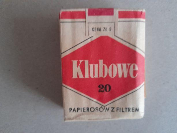Kolekcjonerskie kultowe opakowanie po papierosach Klubowe PRL