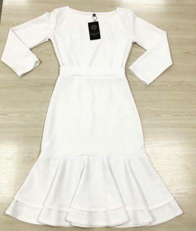 Плаття білого кольору