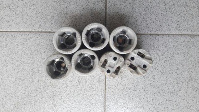 Casquilhos eléctricos em cerâmica