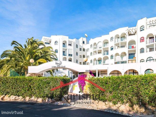 Apartamento T1 com ótima exposição solar e vista mar   Alvor