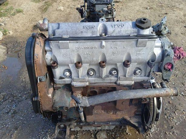 Двигатель 1,2, в отличном состоянии