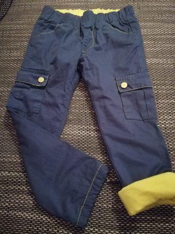 Nowe Spodnie firmy 5 10 15, rozmiar 104, granatowe