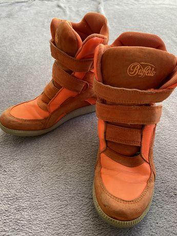 Sneakersy na koturnie pomarańczowe Buffalo rozmiar 37