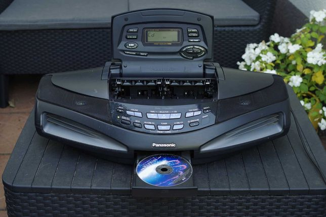 Radiomagnetofon z CD - Panasonic RX-ED77 Cobra