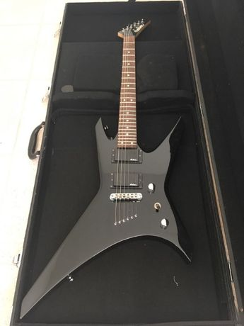 Guitarra Elétrica Jackson Warrior Black