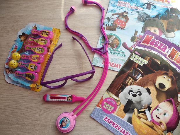 Masza i niedźwiedź - lekarz doktor okulary słuchawka termometr i gra