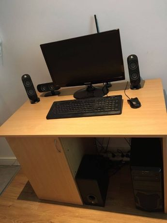 Komputer i biurko