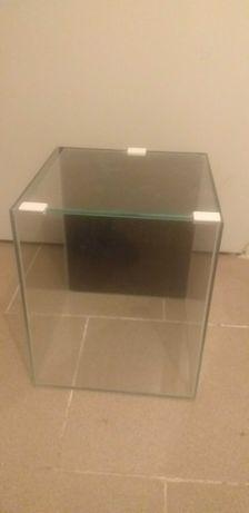 Akwarium 18,75l (25cmx25cmx30cm)