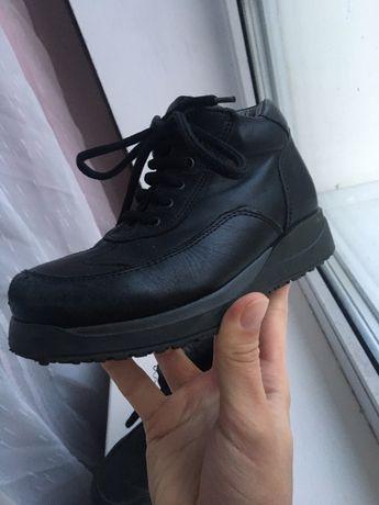 Детские ботинки chicco кожаные 29 размер