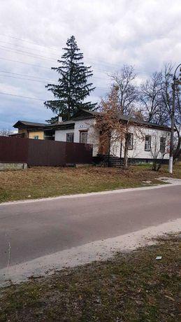 Продажа дома с земельным участком в г. Остер