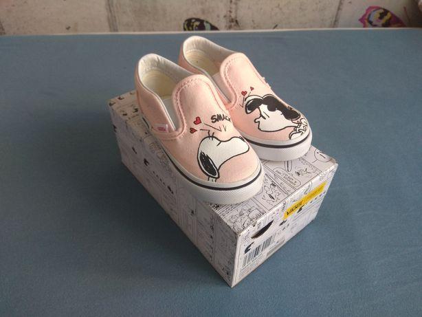 NOWE tenisówki trampki Vans Peanuts Snoopy Classic slip-on r.23,5