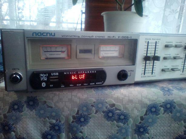 Усилитель с Блютуз Ласпи У-005-1НI-FI стерео